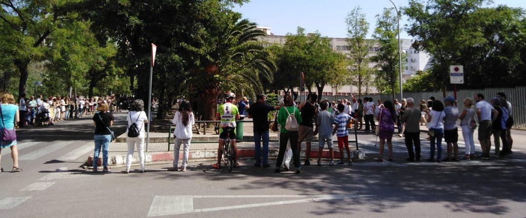 Manifiesto de CáceresVerde – Cadena Humana en la Avenida Virgen de Guadalupe